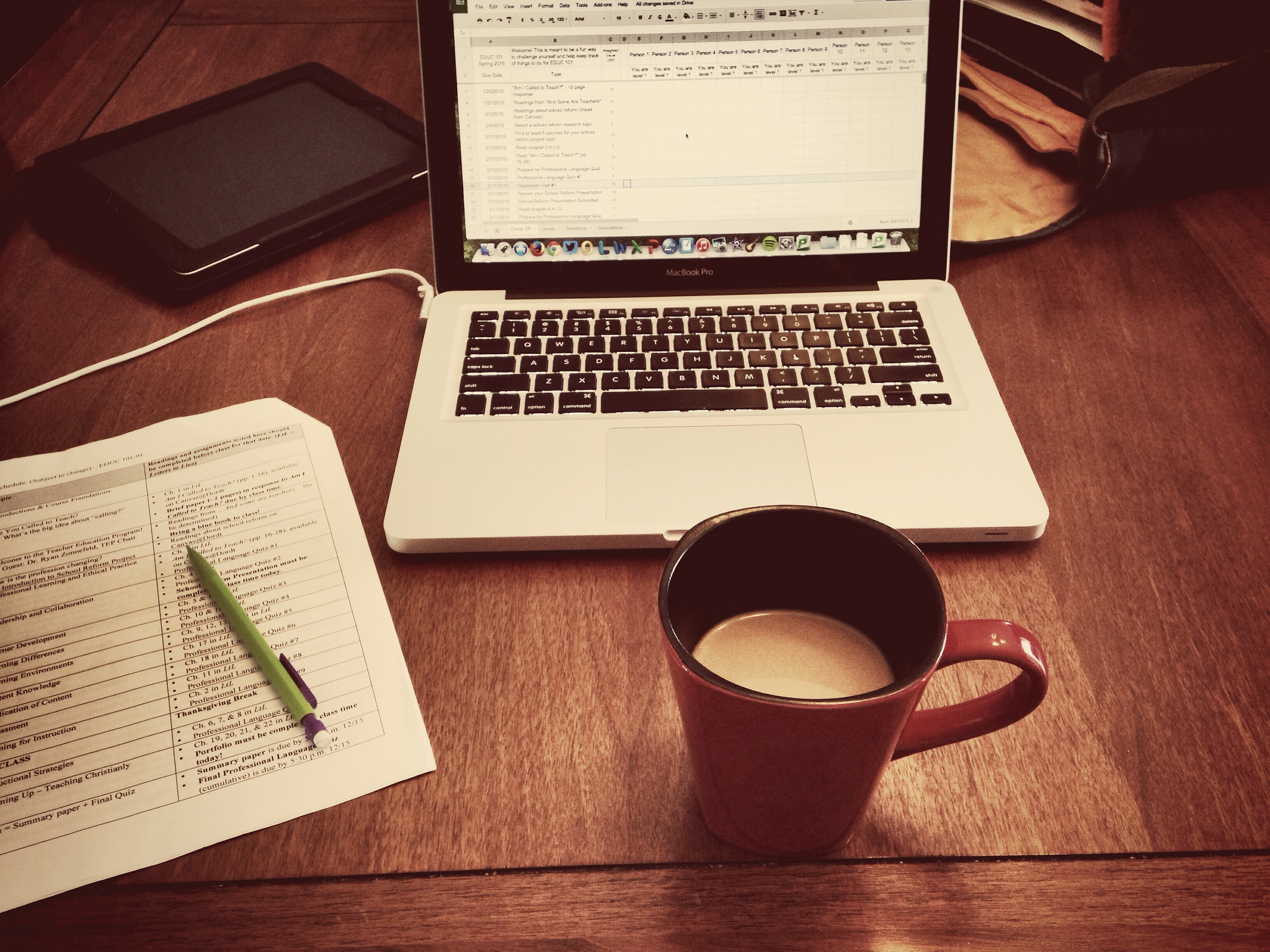 Freelancing is just one of the Ways to make money at home ... photo by CC user 113026679@N03 on Flickr