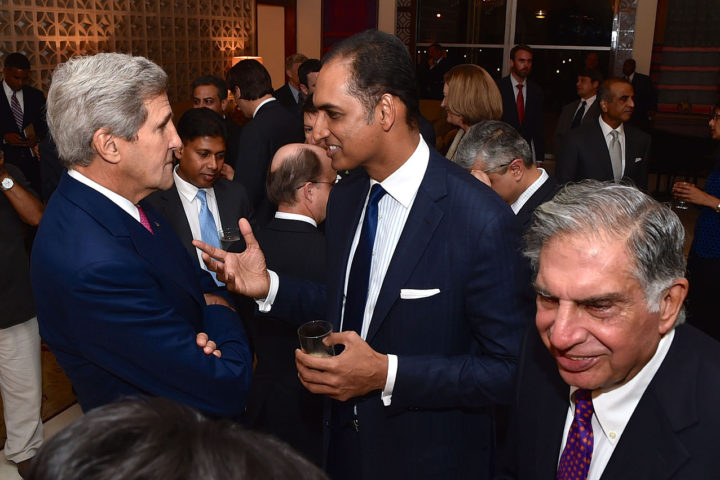 secretary_kerry_speaks_with_indian_businessman_before_working_dinner_in_new_delhi