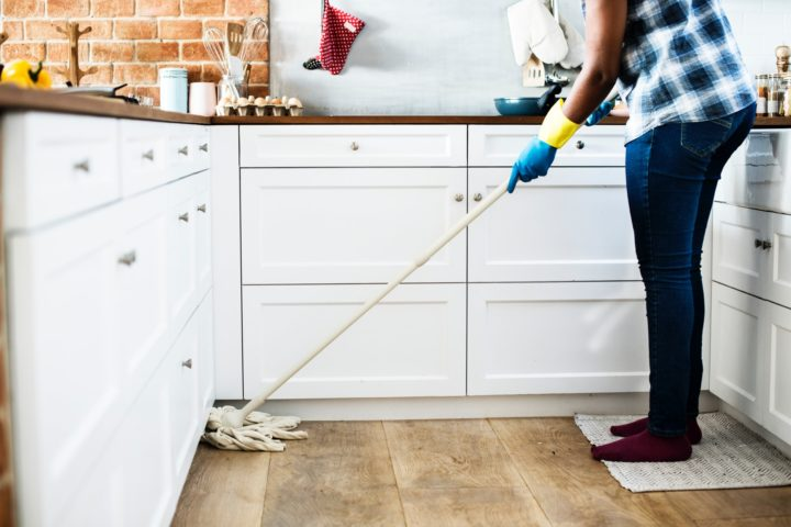 Cleaning Your Apartment When You Move Out